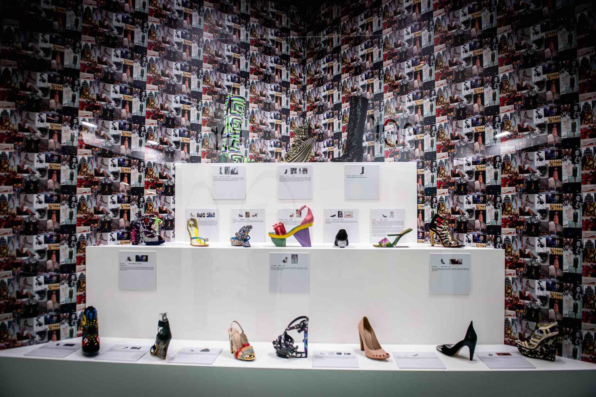mostra calzature di design